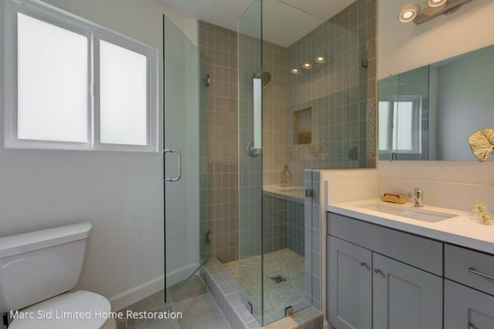 Grey Shaker Bathroom