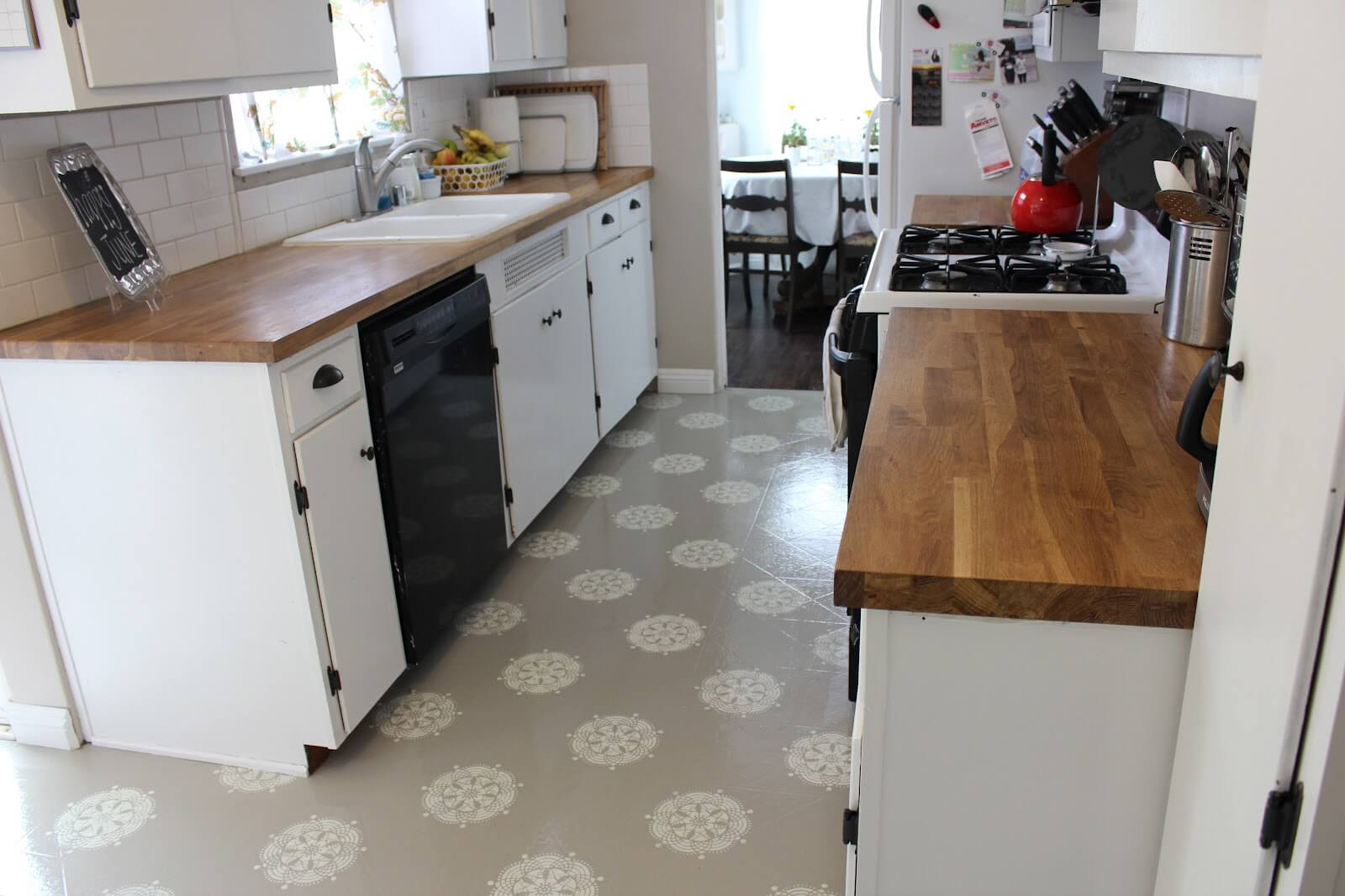Lino Flooring For Kitchens Deadly Vinyl Flooring And Other Options My Ideal Home