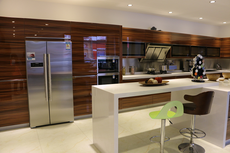 thermofoil laminate and melamine