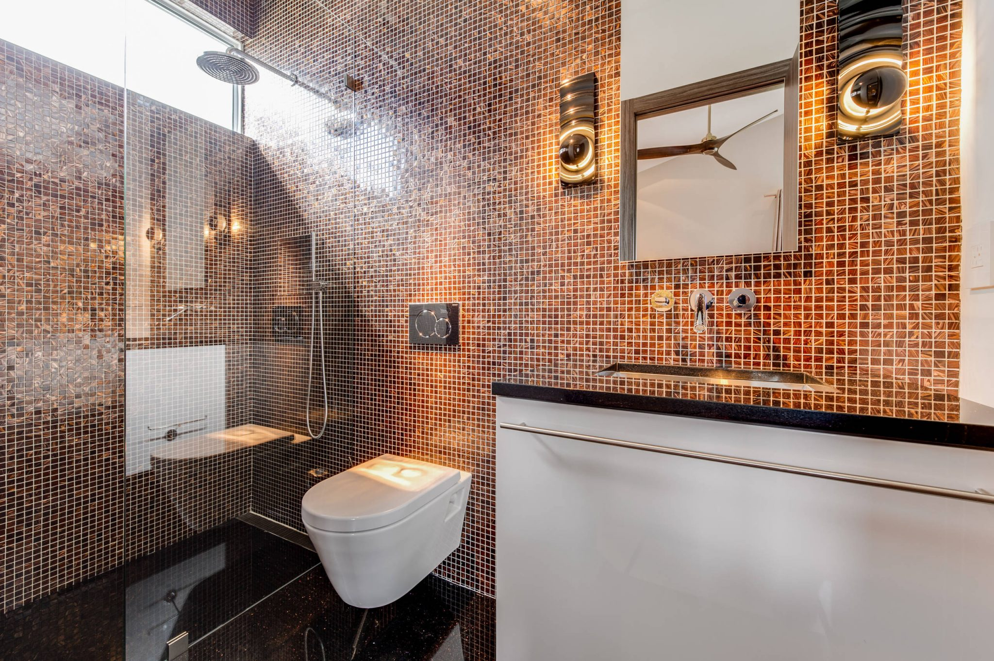 bathroom-tiles-home-decor-mirror