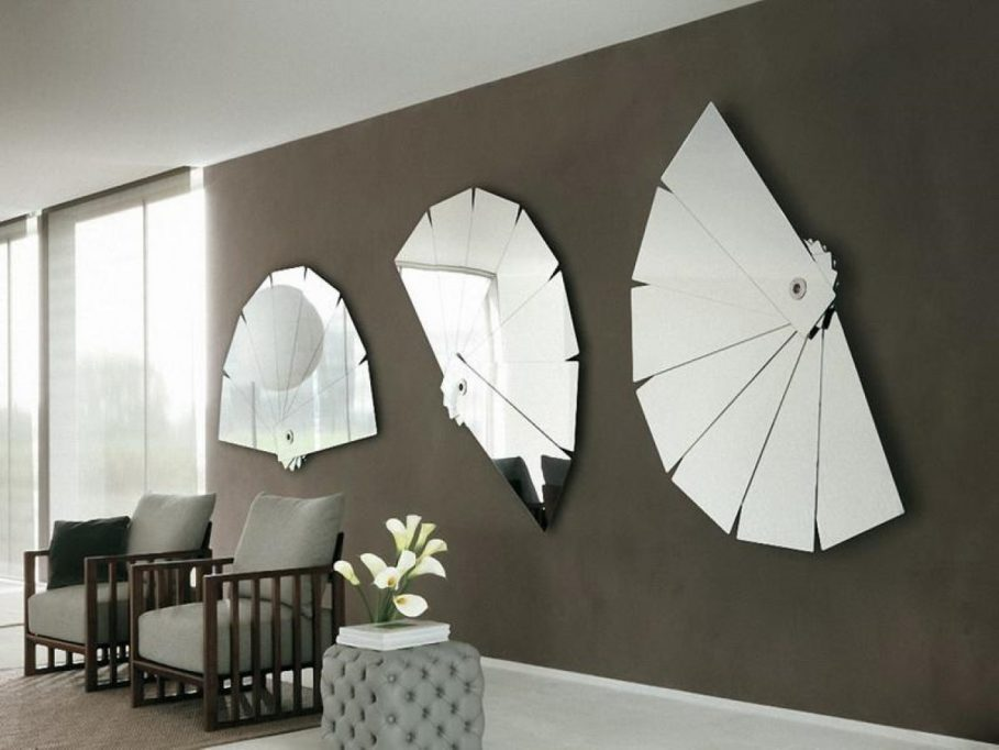 tasteful-mirrors-must-have-accessories