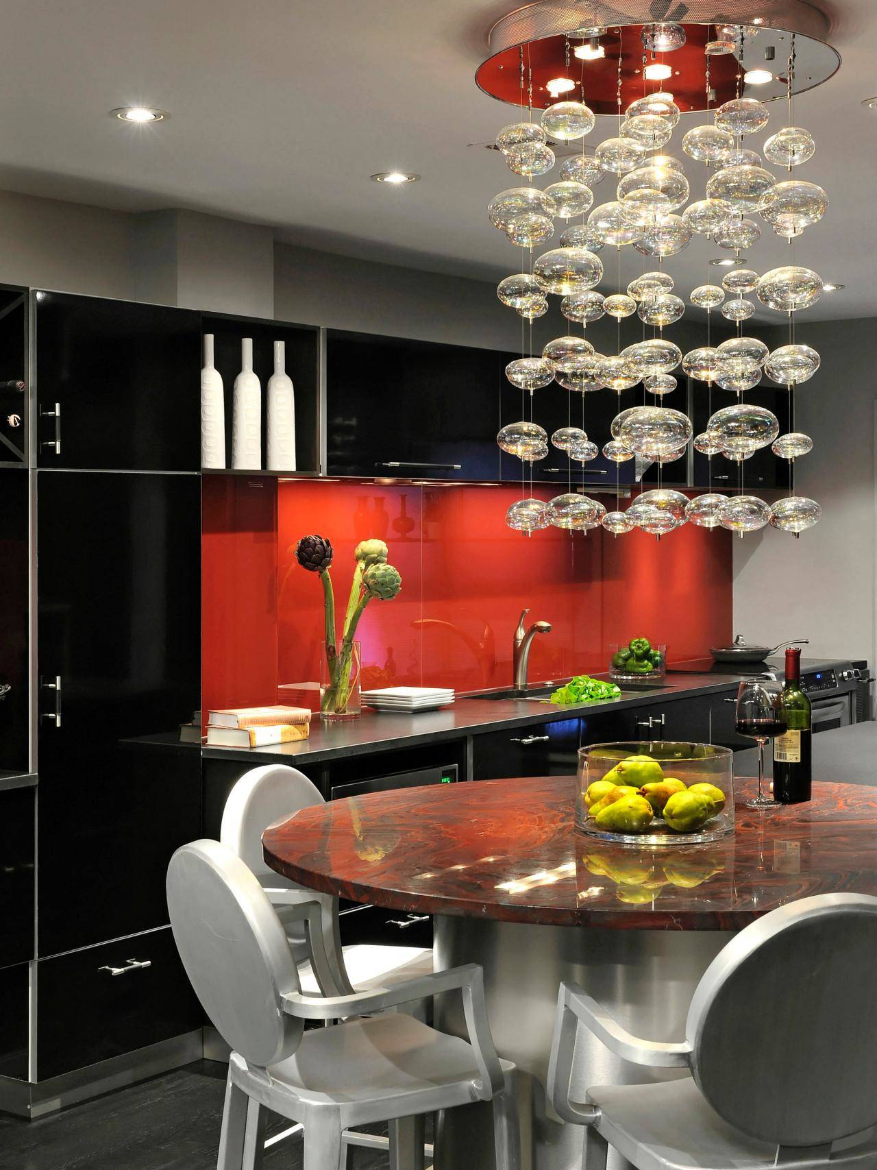 black-and-red-themed-i-shaped-kitchen