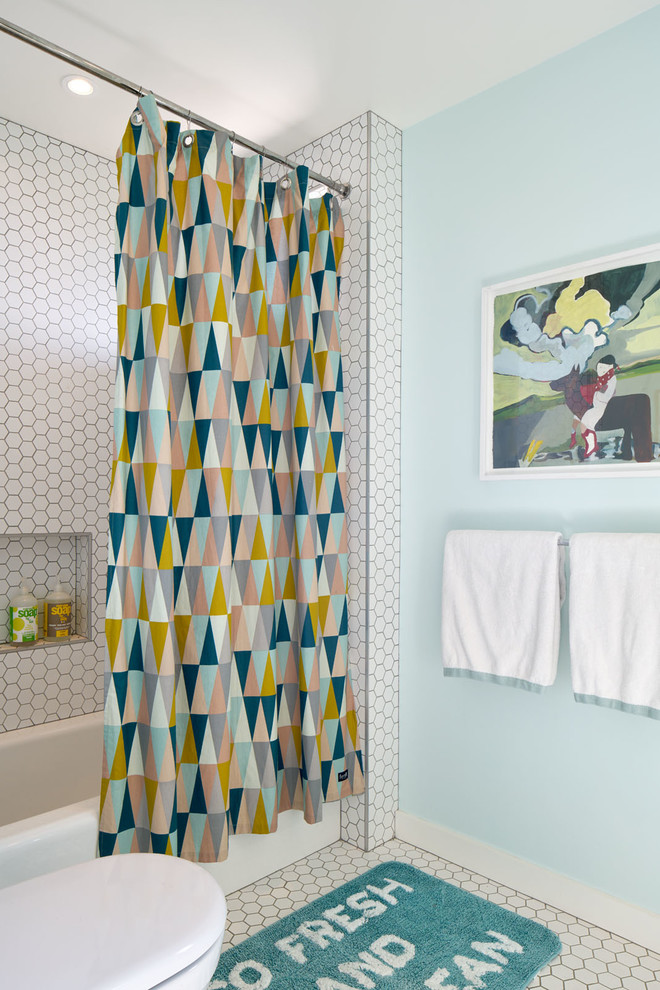 colorful-triangular-shower-curtain
