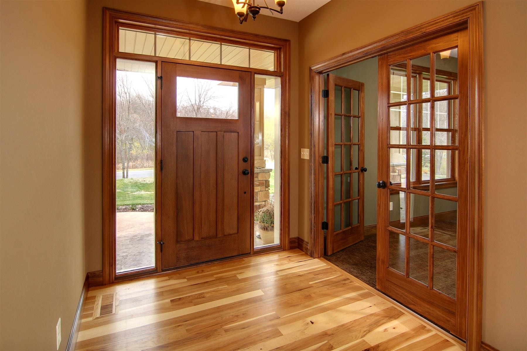 gorgeous-stained-wood-trim