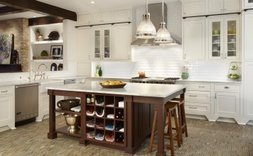 kitchen-island-old-school-wood-kitchen-tiled-floor