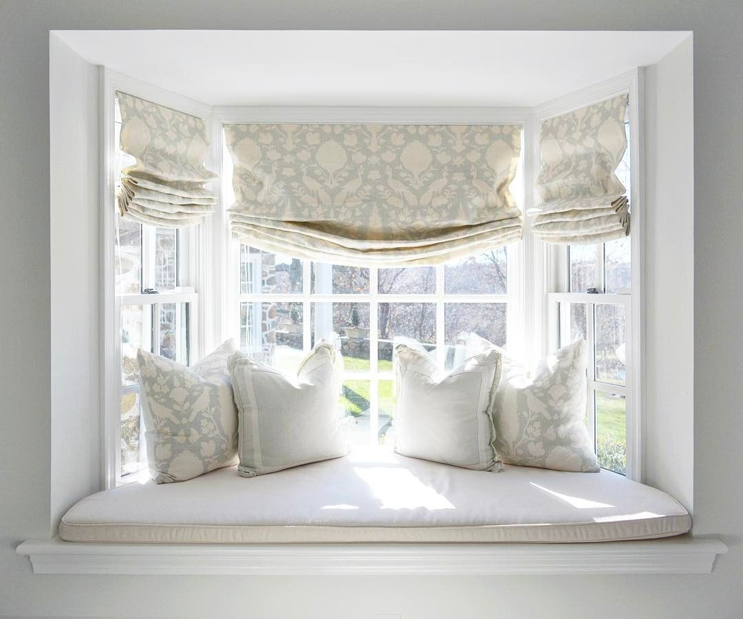 A-lovely-window-seat-perfect-for-lounging